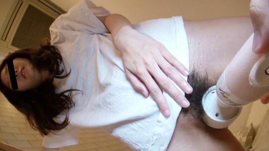 【四十路熟女無修正動画】ぽっちゃり裸体がエロすぎる