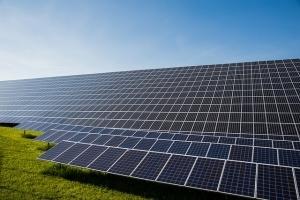 今だからこそ始める太陽光発電投資 初心者でもわかる太陽光発電投資のイロハ