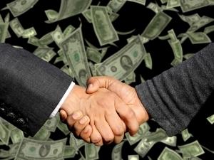 上場するための債権管理をするなら 入金管理システムを検討しよう