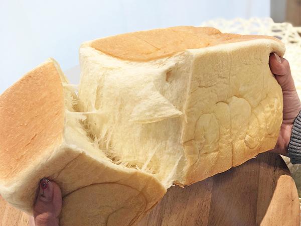 人気の高級食パンなぜ人気なの?