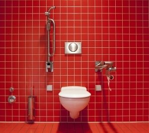トイレの水漏れの直し方や注意点について
