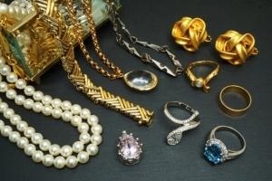 東京で宝石買取の実績が高い業者について
