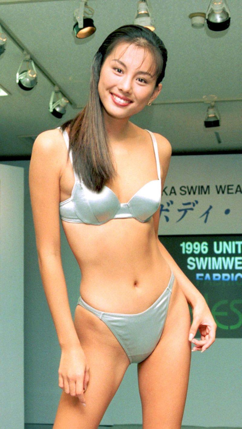 【水着美女】米倉涼子 の大興奮 水着姿